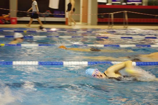 Sandra beim 24-Stunden-Schwimmen in Mellrichstadt